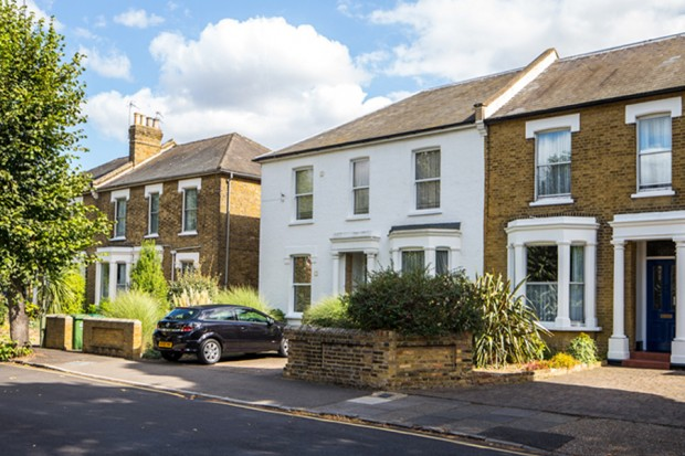 Cherry Orchard, Staines, Middlesex TW18