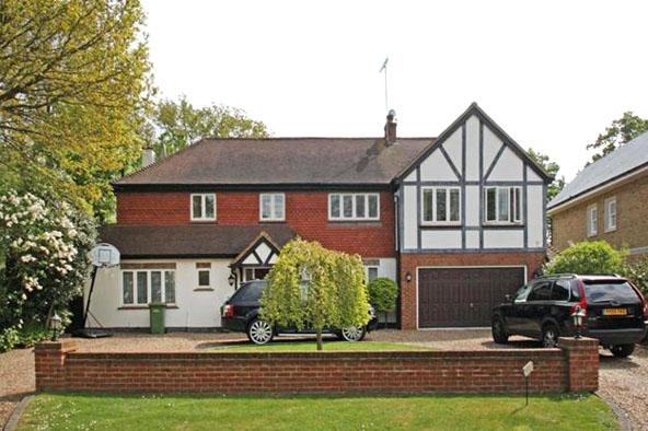 Oak Road, Cobham, Surrey KT11
