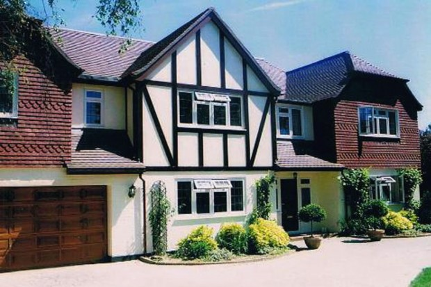 Cleves Wood, Weybridge, Surrey KT13