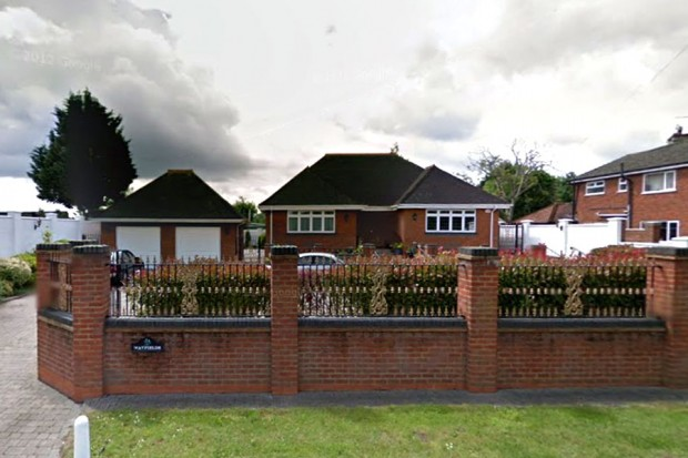 Chertsey Road, Shepperton, Middlesex TW17
