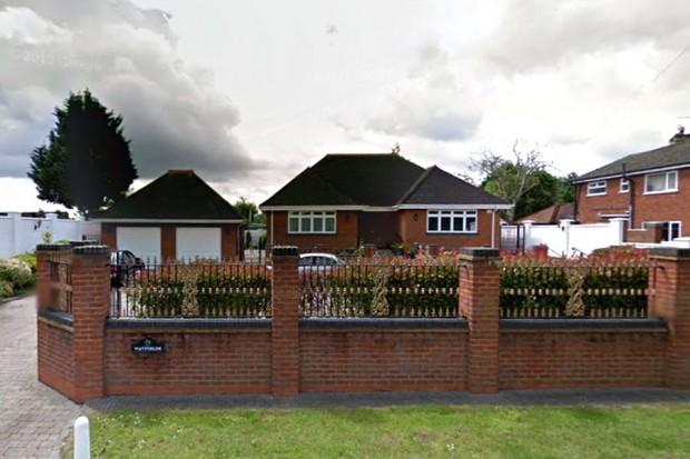 Chertsey Road, Shepperton, Middlesex TW17