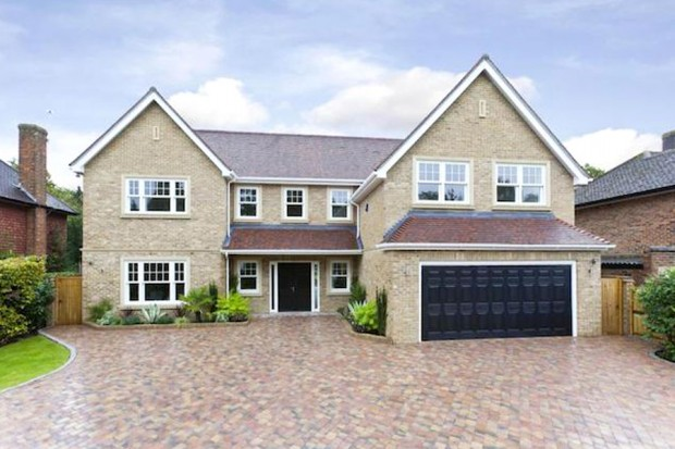 Mizen Close, Cobham, Surrey KT11