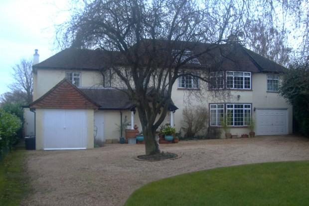 Park Close, Walton-on-Thames, Surrey KT12